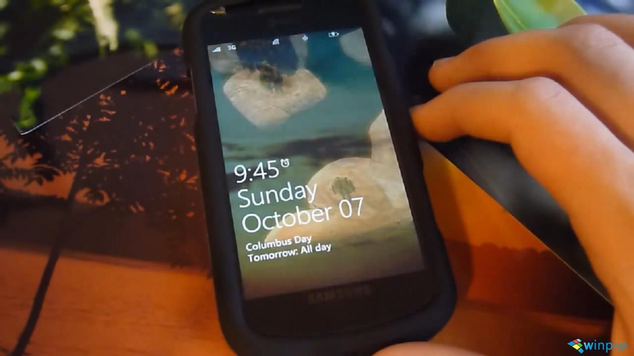 Dynamic_Background_2_for_Windows_Phone_7_[Homebrew]_2012108132645.JPG