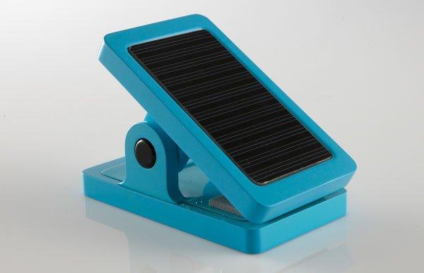将阳光夹住 夹子外形的太阳能LED灯推出